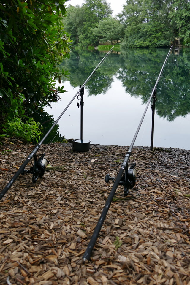 Avid Carp 12ft 3.5lb Extremity rods on rests