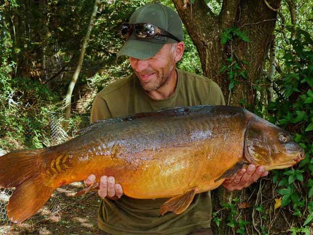 Roach Pit's Baby Torpedo, 30-plus, SLK & Captive hooklink